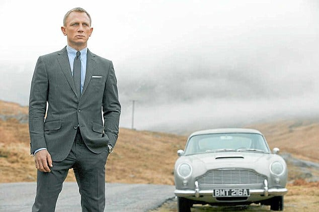 1965 Aston Martin DB5 veiling james bond
