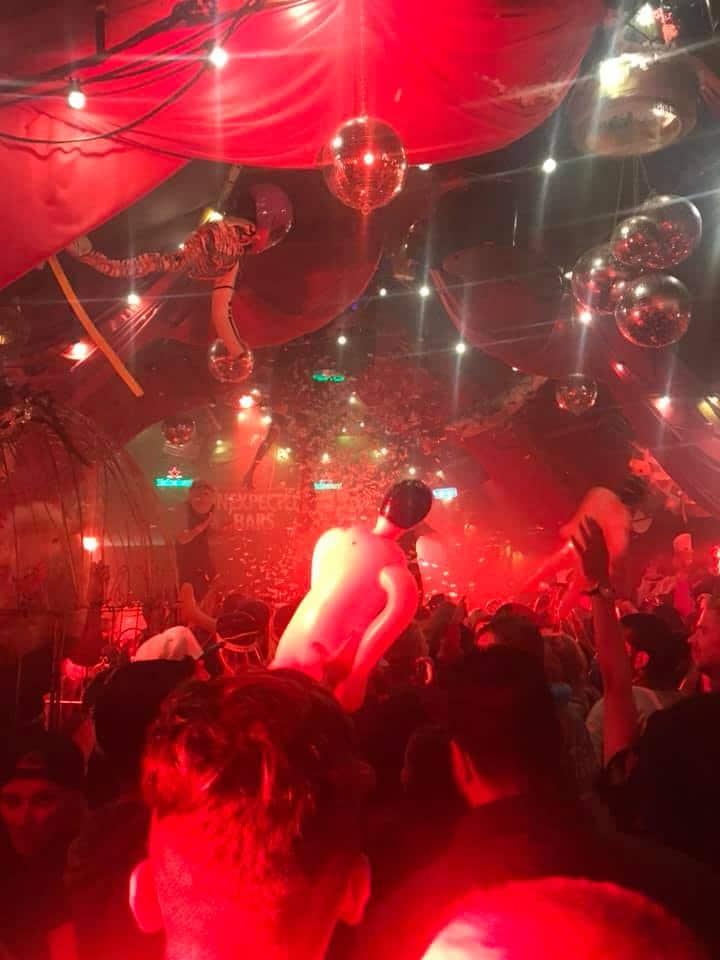 Heineken unexpected bar Mysteryland