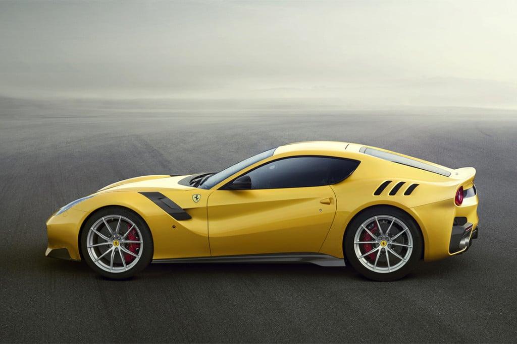De Ferrari F12TDF autonieuws sportwagen mannenstyle 3