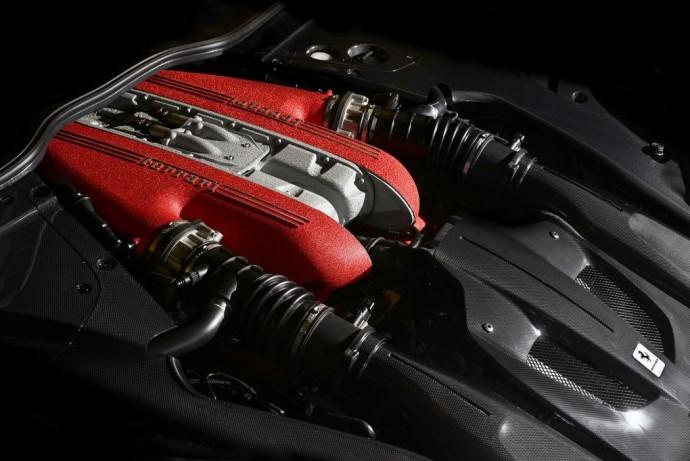 De Ferrari F12TDF autonieuws sportwagen mannenstyle 5