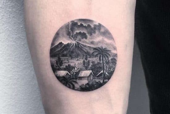 Eva Krbdk ronde tattoo trend