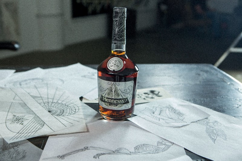 hennessy-limited-edition-vs-scott-campbell-1