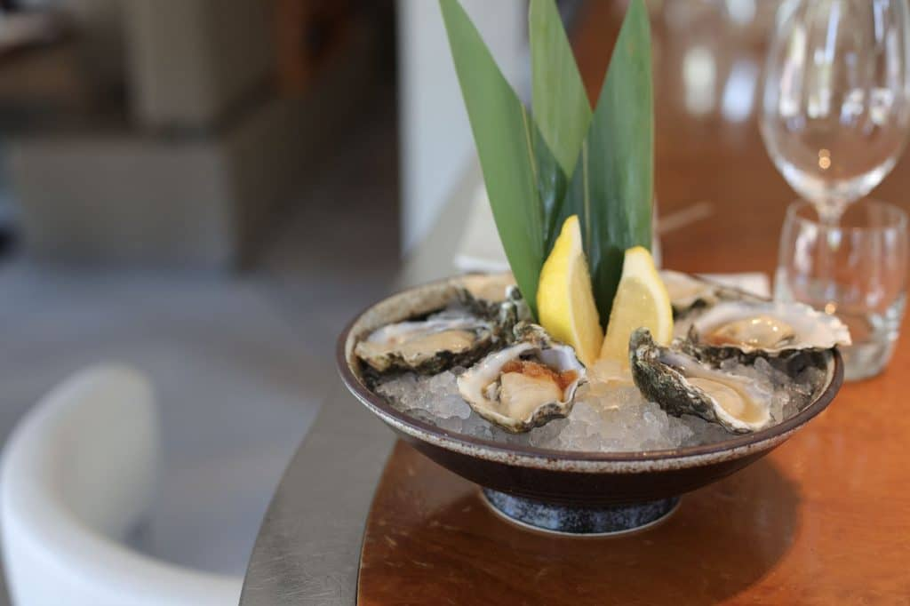 MOMO Restaurant Bar & Lounge amsterdam oesters