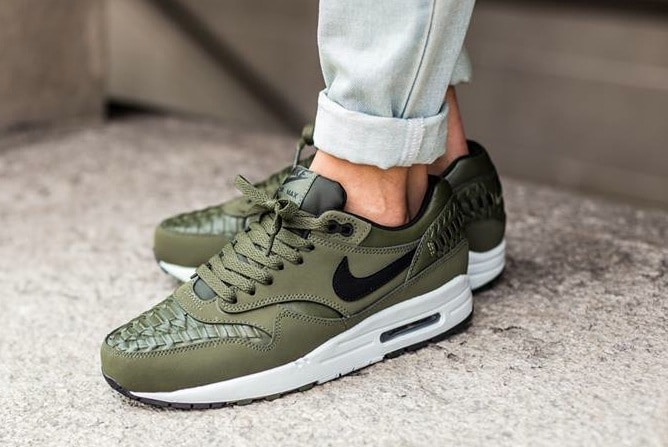 Nike Air Max 1 Woven 'Carbon Green' Sneakers Online Mannenstyle 3