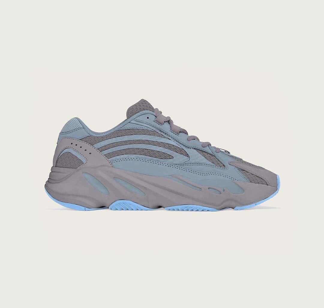 YEEZY BOOST 700 V2 Blue Water