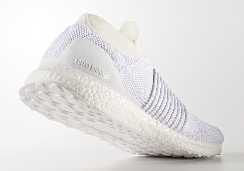 adidas Ultra Boost Laceless Mid Triple White