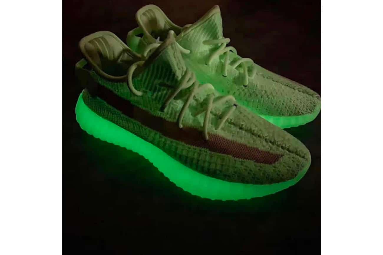 adidas Yeezy Boost 350 V2 'Glow in the dark' komt ook voor