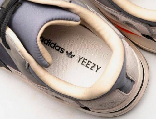 adidas YEEZY BOOST 700 Magnet