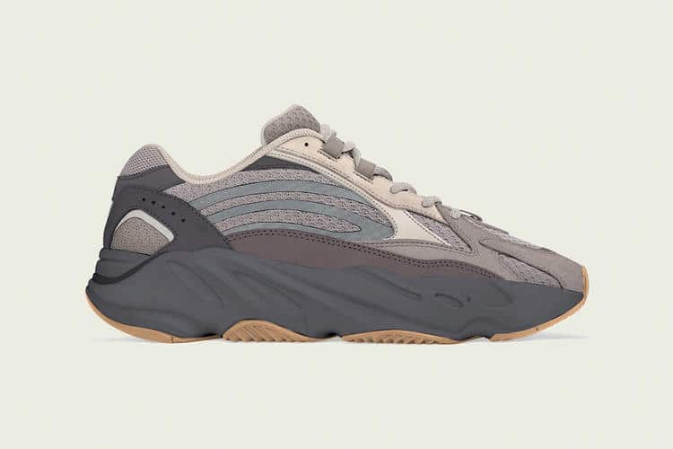 adidas YEEZY BOOST 700 V2 Cement