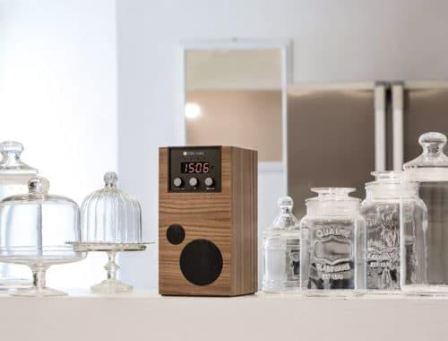 Como Audio SpeakEasy retro speaker