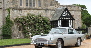 1965 Aston Martin DB5 Goldeneye