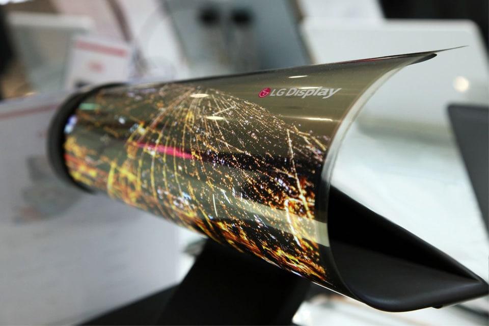 lg-oprolbaar-display-scherm