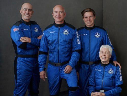 LIVESTREAM: Lancering Jeff Bezos en Oliver Daemen Blue Origin's NS-16 New Shepard