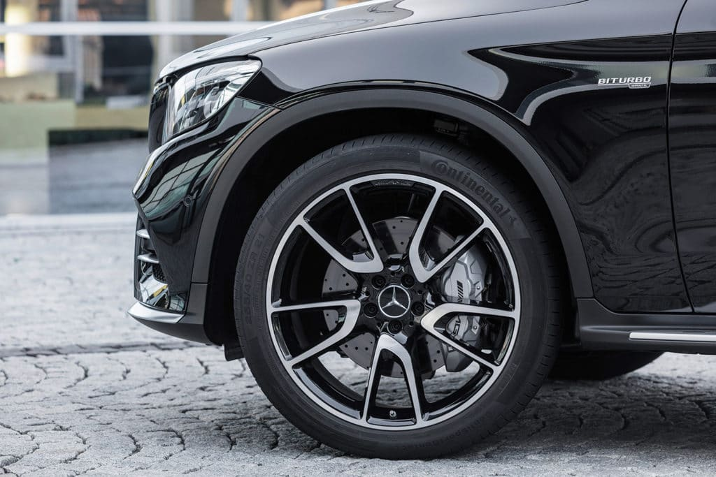 mercedes-benz-amg-glc43-suv-coupe-4