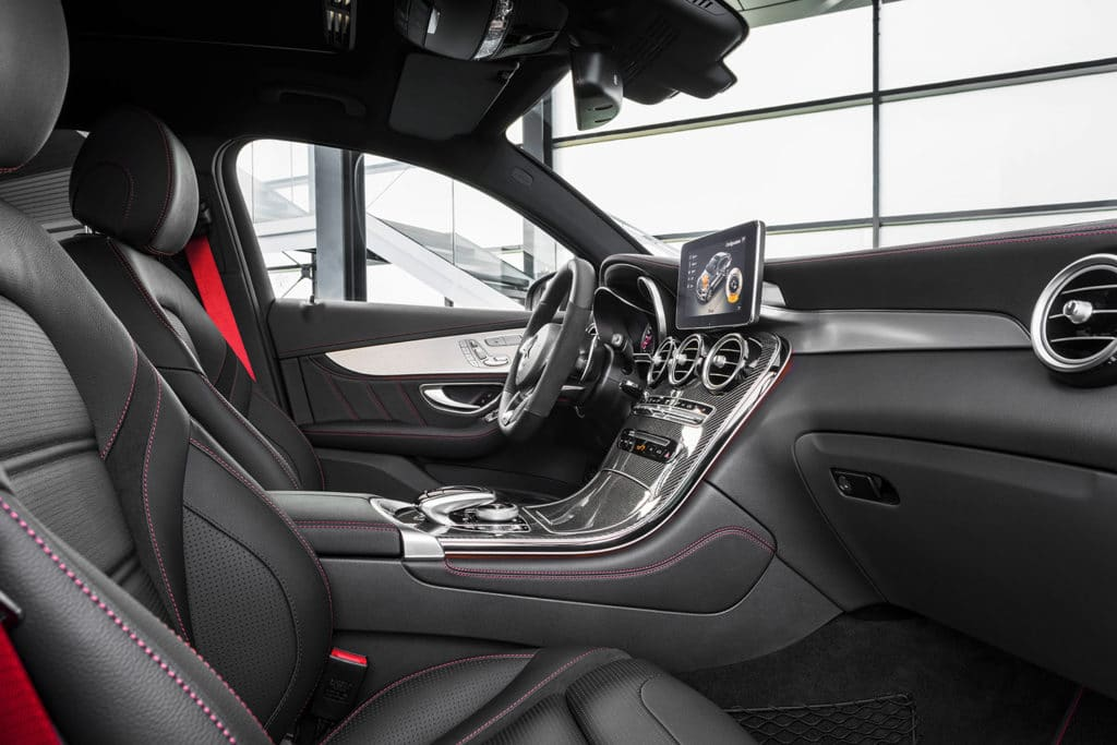 mercedes-benz-amg-glc43-suv-coupe-6