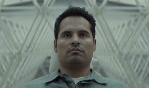 Extinction trailer netflix Michael Peña
