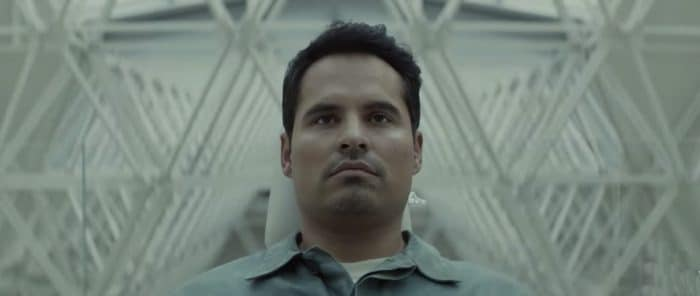 Extinction trailer netflix Michael Peña