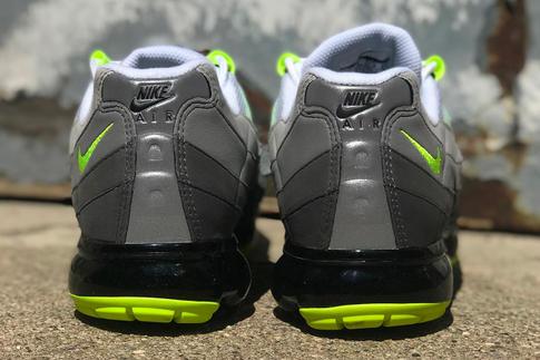 Nike Air VaporMax 95 OG Neon