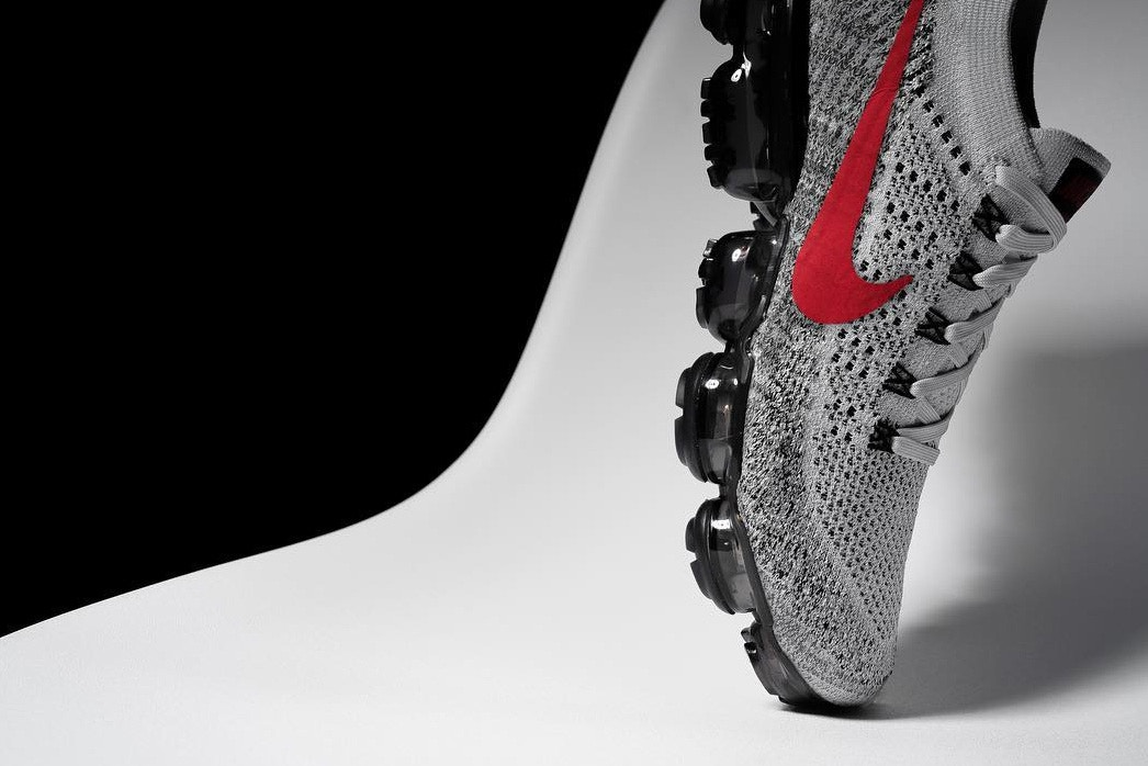 Nike Air VaporMax Grey Varsity Red Black
