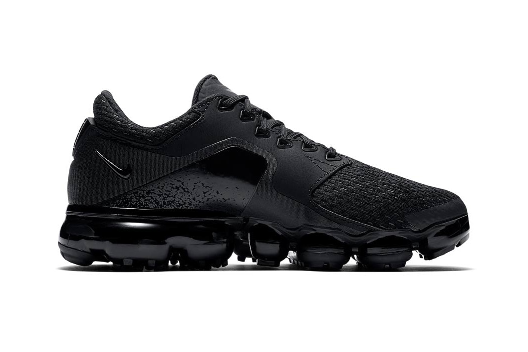 Nike Air VaporMax CS triple black