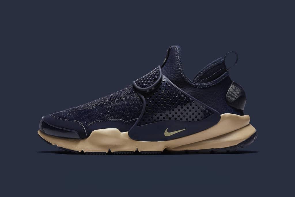 De Stone Island NikeLab Sock Dart sneakers zijn hier