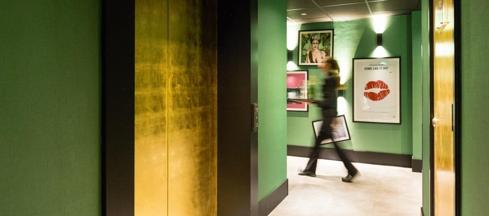 The albus design hotel in amsterdam jarig en vernieuwd for Design boutique hotel nederland