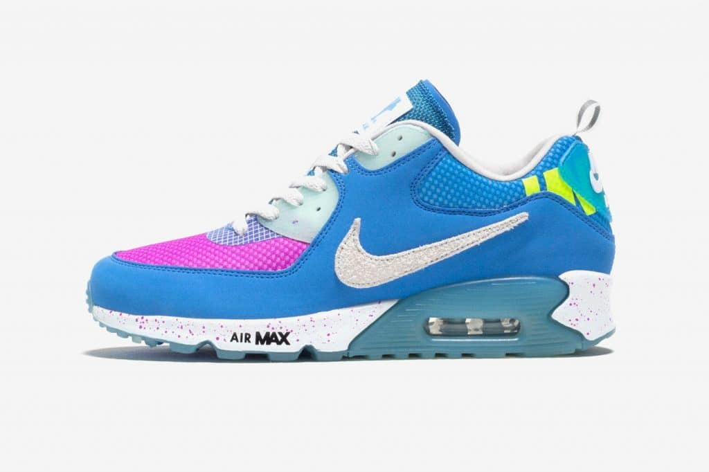 UNDEFEATED x Nike Air Max 90 Pacific Blue viert Air Max Day