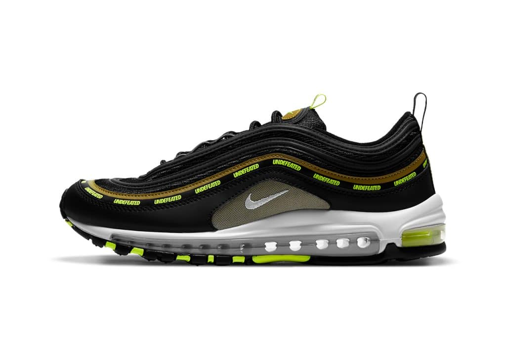 UNDEFEATED x Nike Air Max 97 Flight Jacket & Black/Volt | Mannenstyle