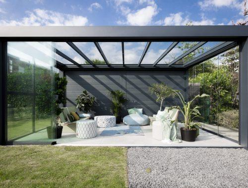 verschil tussen een serre, veranda, tuinkamer en overkapping