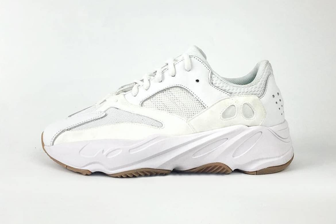 YEEZY BOOST 700 Wave Runner White